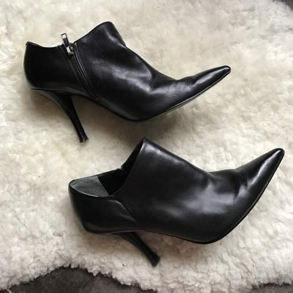 nine west high heel ankle boots